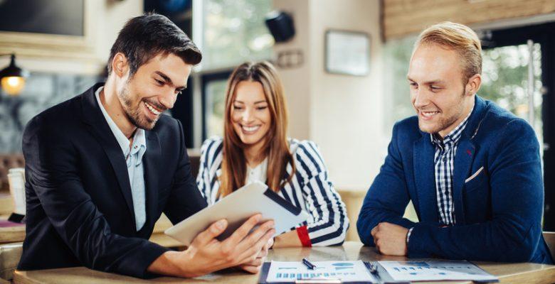 Monter une entreprise suppose de chercher des clients